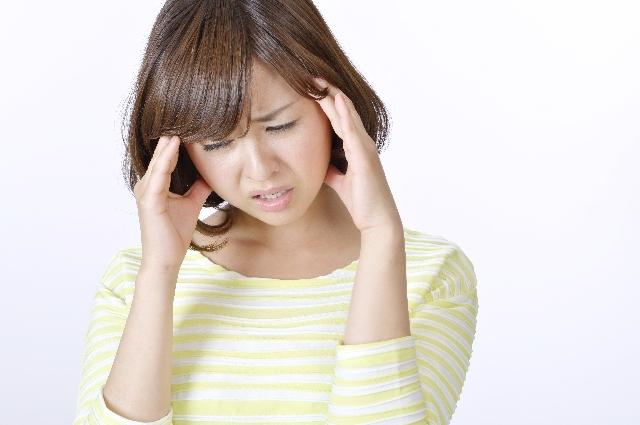 秋の抜け毛、女性の原因は?抜け毛の本数や対策は?