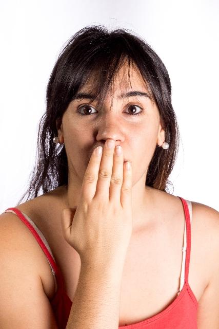 口臭の原因とは?対策する方法は?対策するグッズのおすすめは?